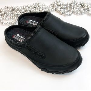 fb76ebc538d2 Skechers Outdoor Lifestyle Leather Clogs